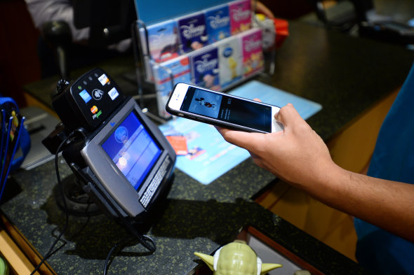 Disney World supports Apple Pay