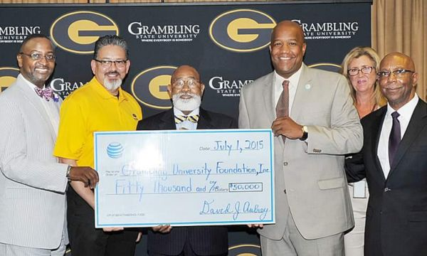 iPhone AT&T Foundation Scholarships Grant $50,000 to GSU