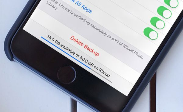 Delete old iCloud backup files on iPhone or iPad