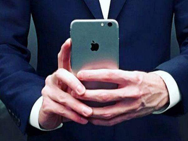 Instagram iOS 10 Dissappearing Photos